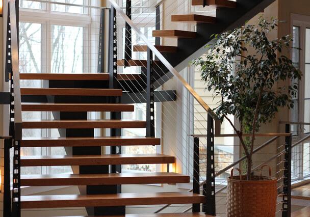 Разновидности лестниц для дома, из чего изготовить лестницу